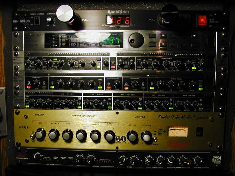 The Bellari RP533 in the Old W5UDX Rack!